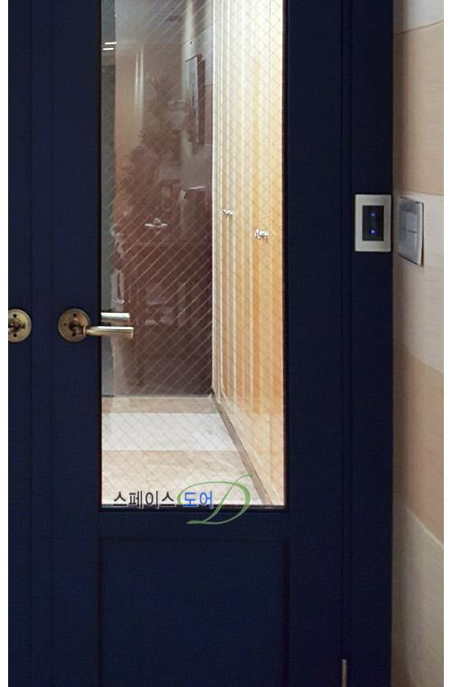 스페이스도어,아파트중문,현관중문,슬라이딩도어,거실중문,중문가격,현관인테리어,중문설치/현관중문 2짝여닫이중문 망입유리알판-용인성복힐스테이트아파트중문